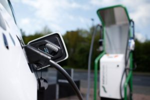 Naturstrom: Ladekarte versorgt das Auto mit Ökostrom