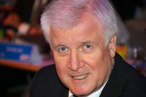 Seehofer sauer! Ministerpräsident verlässt Gespräch zur EEG-Reform